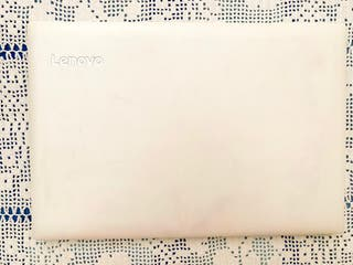 Ordenador portatil lenovo blanco