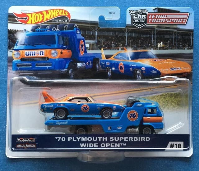 Hot wheels team transport