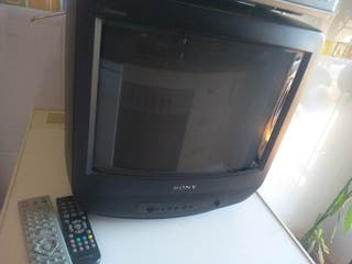 Se vende Pack Tele, DVD,