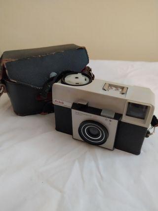 Maquines fotogràfiques antigues