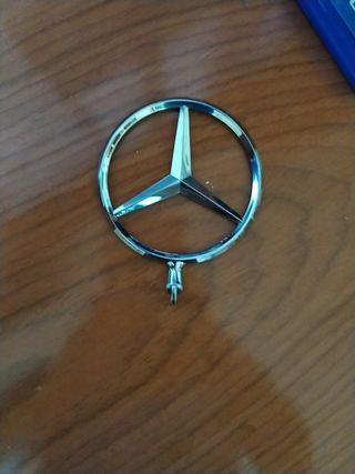 insignia de mercedes