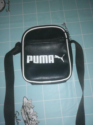bandolera Puma.
