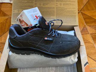 Zapatos punta de acero talla 40 piel NUEVOS