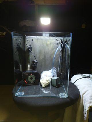 Pecera de 33L con cristal optico. Dulce o marino