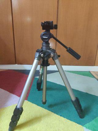 Trípode para video y foto profesional.