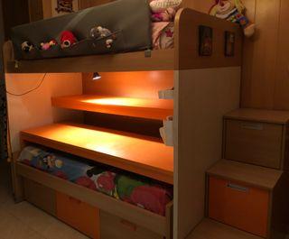 Composición doble cama, escritorio y 6 cajones