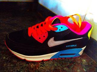 Nike Air Max 90 de chica,Nike TN chico,Salomón...