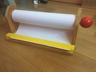 Dispensador de papel de madera infantil