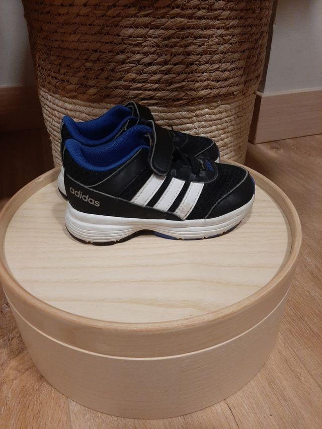 Zapatillas Adidas talla 23