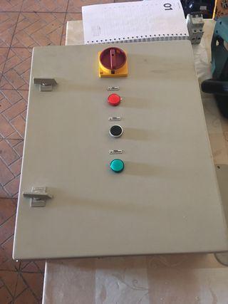 Armario eléctrico Himel