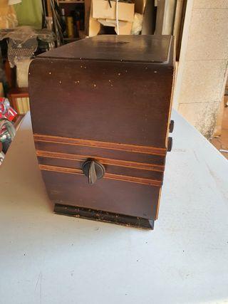 Radio antigua, Ascar