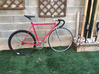 Bicicleta a contrapedal