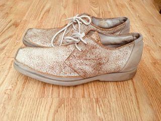 Zapatos Adolfo domimguez de piel.