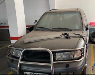 Tata Safari 1999