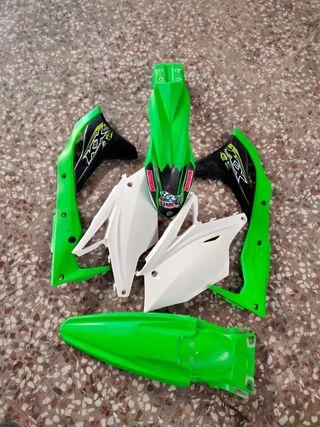 Kits de plásticos Kawasaki 250 2018