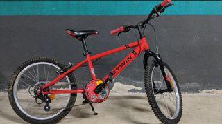 Vendo bicicleta infantil de 20 pulgadas.