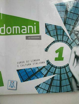 Doomani 1, carpeta y cuaderno