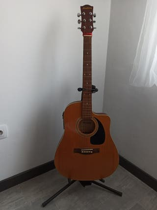Soportes de guitarra de pie. Regulables CLIFTON