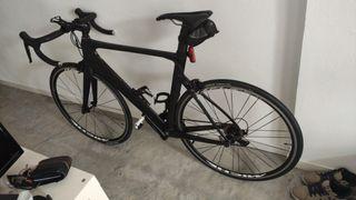 bicicleta carbono Aero nueva