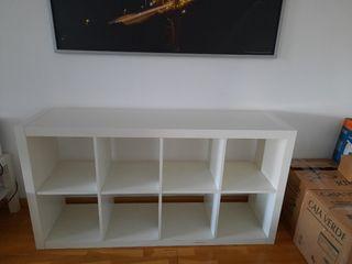 mesa estantería blanca de Ikea