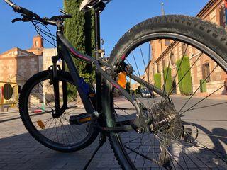 Vendo bicicleta todo terreno 27,5