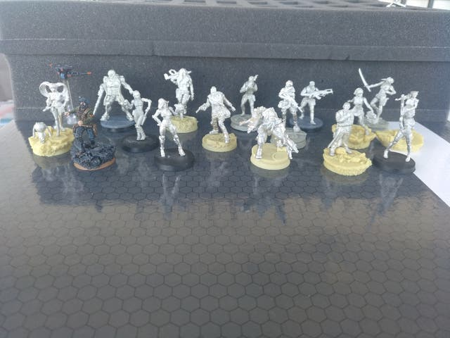 Infinity the Game Mercenarios y exclusivas