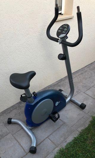 Bicicleta estática Mg 4000