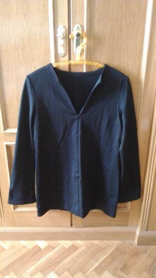 Jersey cuello pico manga trapecio. T. 42 - 44. L.