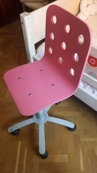 Silla escritorio de Ikea rosa