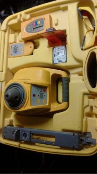 nivel laser SPECTRA HV301 con mando y tarjeta