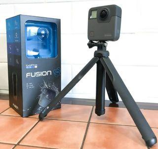 Go Pro Fusion con tripode incluido