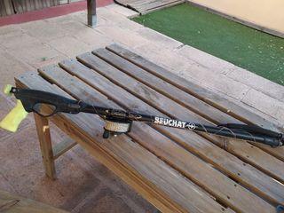 x2 Fusiles de pesca Beuchat + aletas Cressi