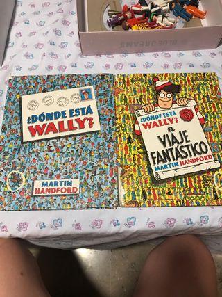 2 libros Donde está Wally