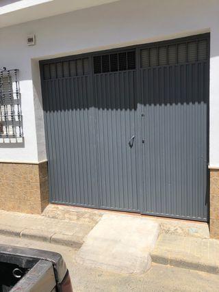 Puerta de garaje de 300 x 240 cm