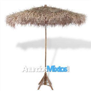 Sombrilla de bambú con tejado de hojas de plátano