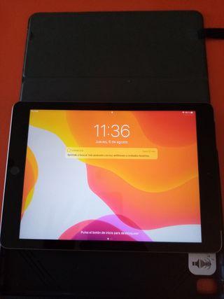 iPad A1823