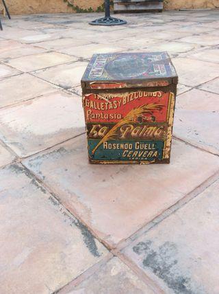 Caja antigua galletas