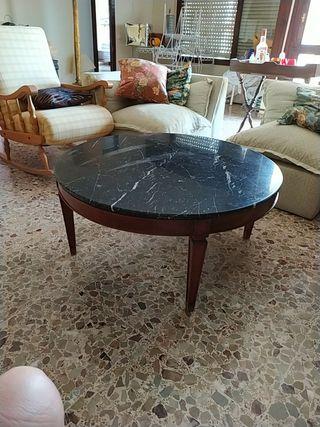 Mesa de centro con encimera de marmol negro