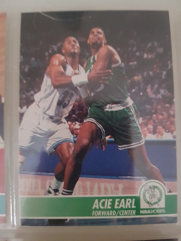 Trading card ACIE EARL (Boston Celtics) #10