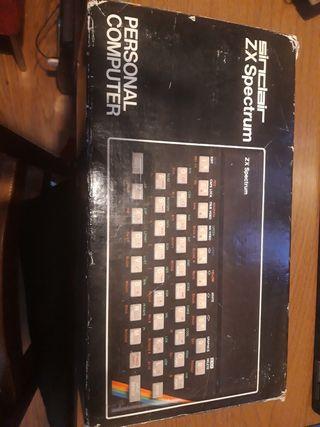 Ordenador Sinclair ZX Spectrum. Con caja.