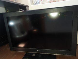 "televisor LG LCD 32CS460 de 32"""
