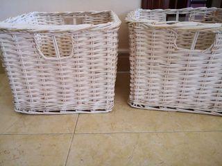 2 cestas de mimbre
