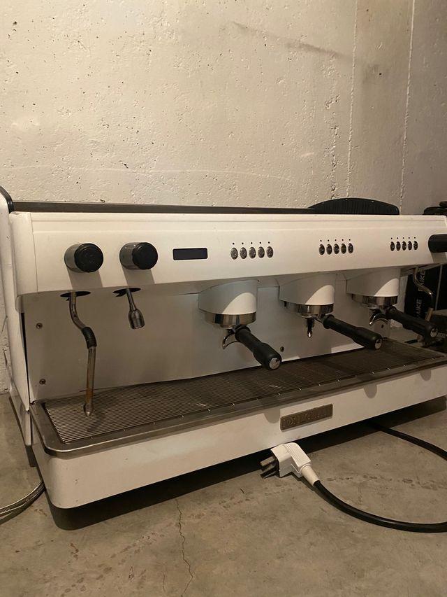 Cafetera industria