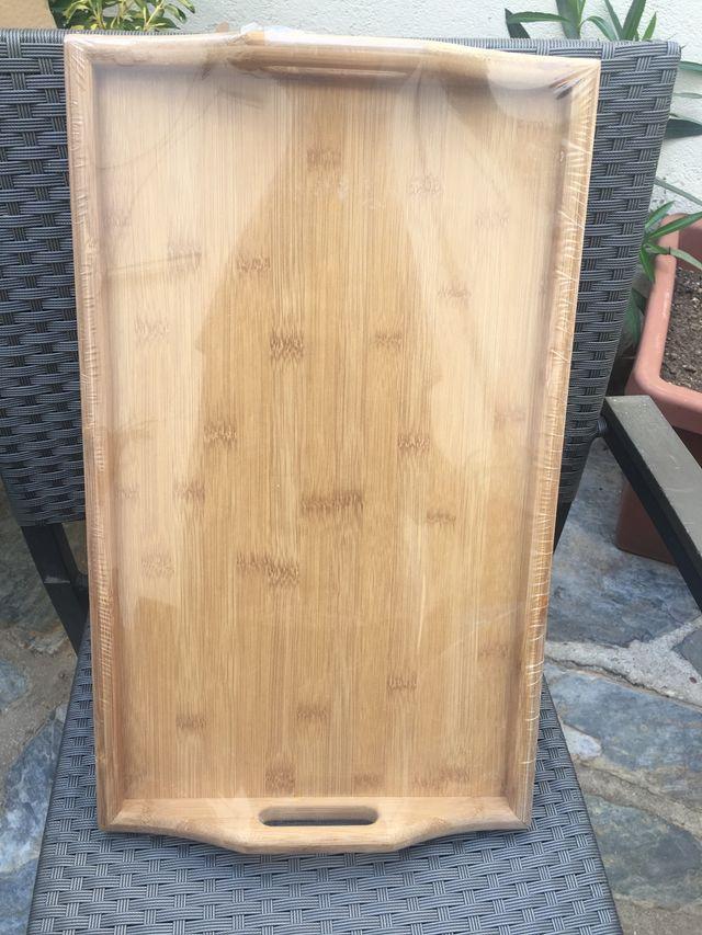 Mesa de madera tipo bandeja para cama SIN ABRIR