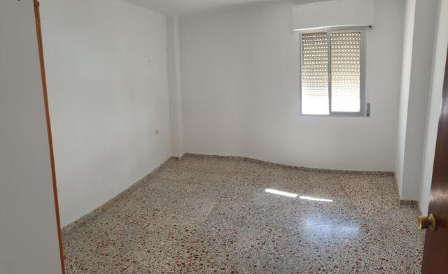 Piso en alquiler (Frigiliana, Málaga)