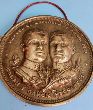 figura moneda vintage del 1931 de bronce