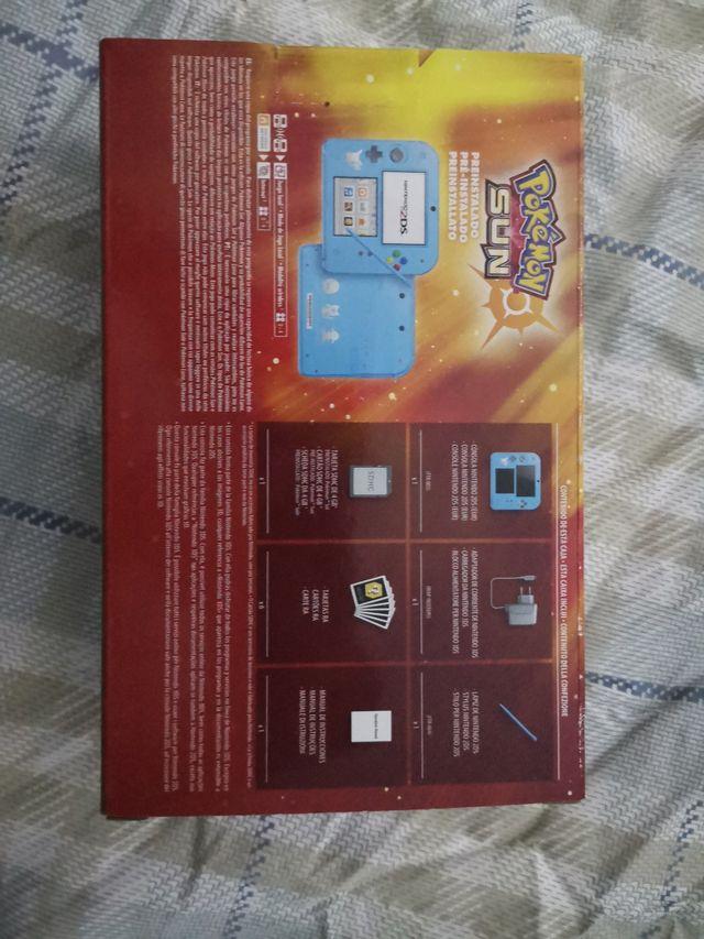 Nintendo 2ds + pokemon sol