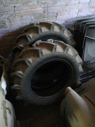 Neumatico tractor 250/80 18