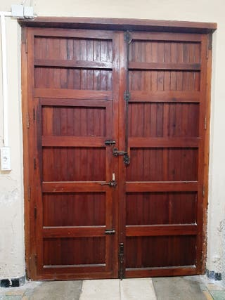 puertas grandres de mobila antigua