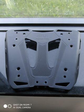 soporte top case givi